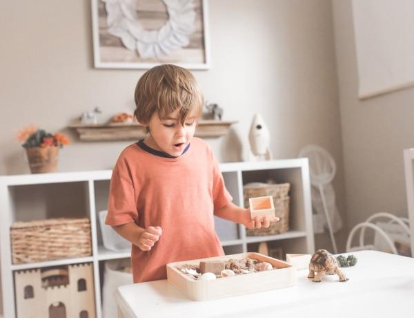 Hogyan köszön a gyerek? Gyermek etikett szabályok vendégváráshoz