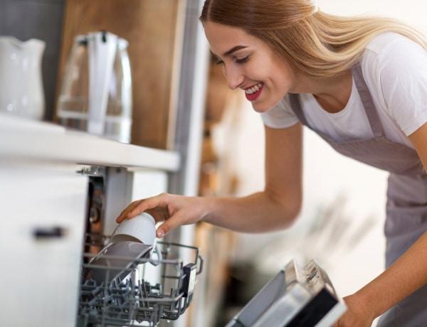 Mosogatógépben is lehet főzni! Meghökkentő példák a női kreativitásra