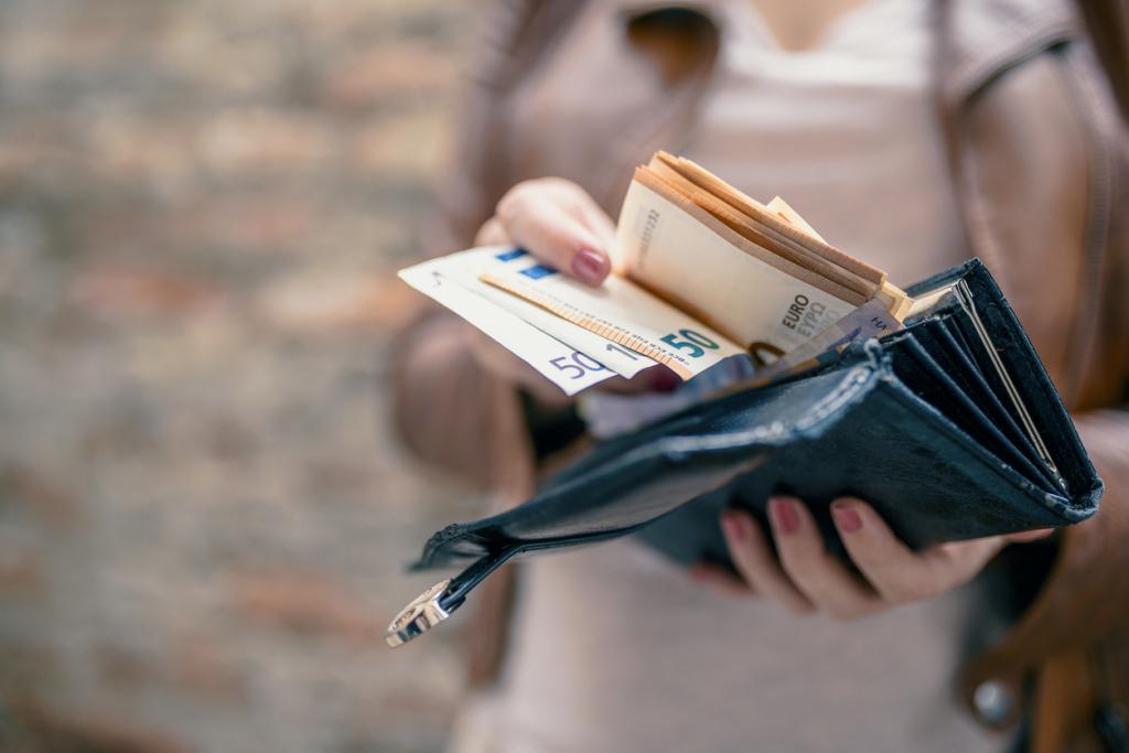 Pénzzel kapcsolaos hiedelmek