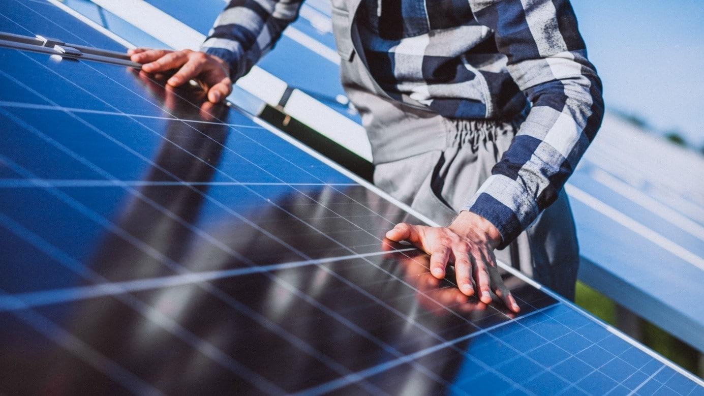 A napelemek vitathatatlan előnyei