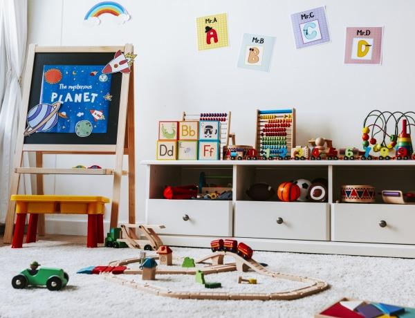Ha így rendszerezed a gyerek játékait, nem lesz kacatos a gyerekszoba