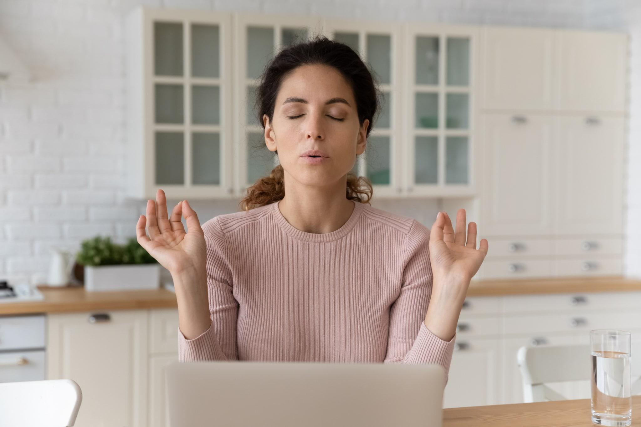 5 légzéstipp 5 helyzetre – Ha fáj a fejed, ha stresszelsz, ha koncentrálnál