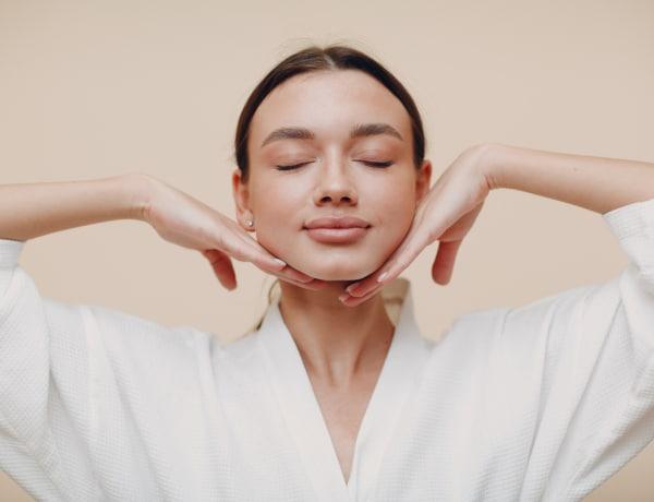 Napi 5 perc arcjóga 1 hónapig és éveket fiatalodsz! Kutatások igazolják